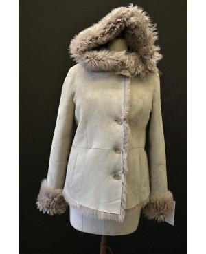 Kožešinová dámská bunda s kapucí 36,40
